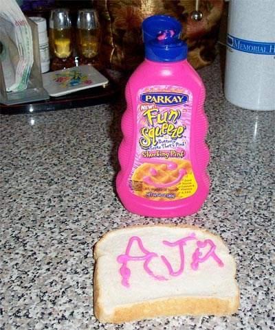 Rozā sviests Nu ja rozā tad... Autors: KinDzaDza Ēdieni dīvainās krāsās