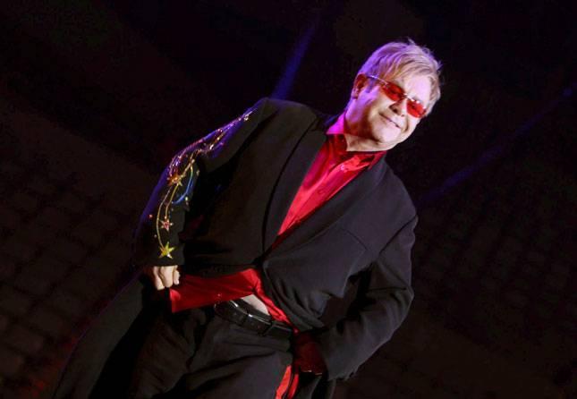 Mūziķis Eltons Džons 170m Autors: Eidžā Seksīgākie mazie vīrieši pasaulē