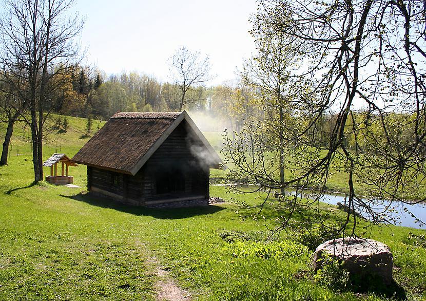 Latvijas pirts vēsture  Pirtī... Autors: zitux Mazgāšanās - tradīcijas un ticējumi.