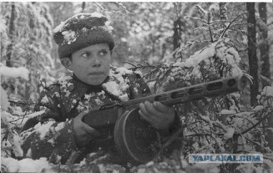 Ivans Frolovičs 14 gadiUrāl... Autors: LAGERZ Bērni 2 pasaules kara laikā