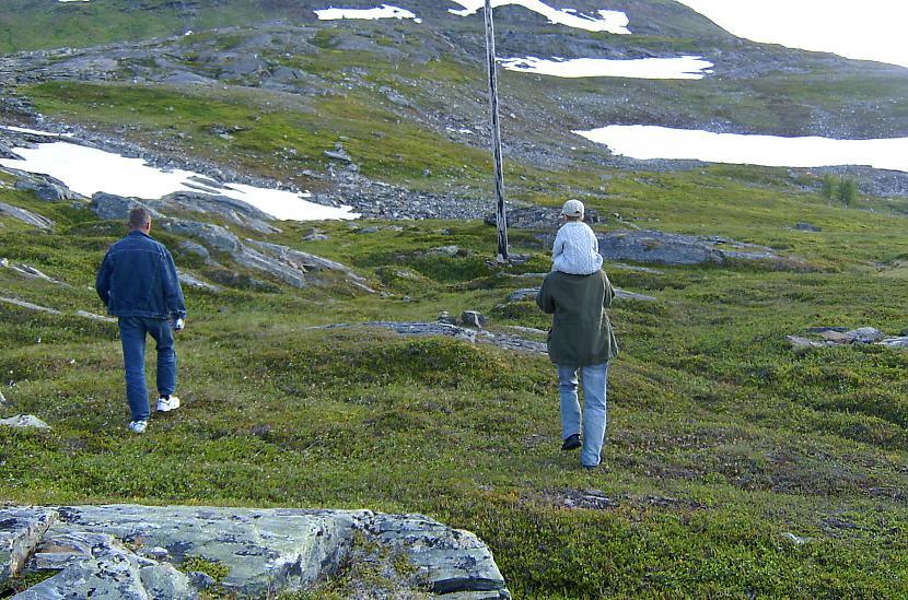 Sniegs vasarā tas ir kas... Autors: aivarsm Manas atmiņas par Skandināviju