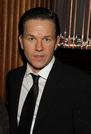 3837 Mark Wahlberg 16 miljoni Autors: BLACK HEART Top Hollywood Earners of 2009...