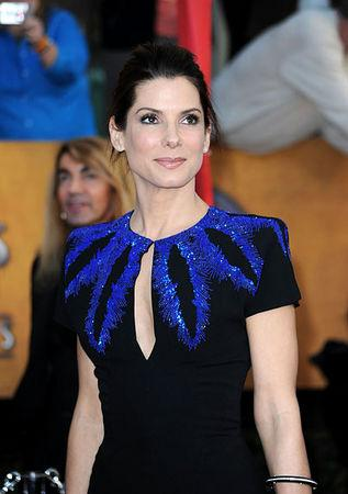 3534Sandra Bullock 20 miljoni Autors: BLACK HEART Top Hollywood Earners of 2009...