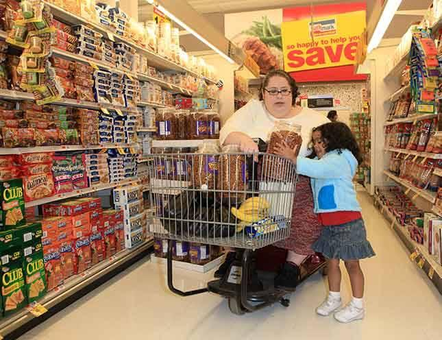 Pasaules resnākā sieviete... Autors: tvixa Viņa vēlas sasniegt 460 kg.