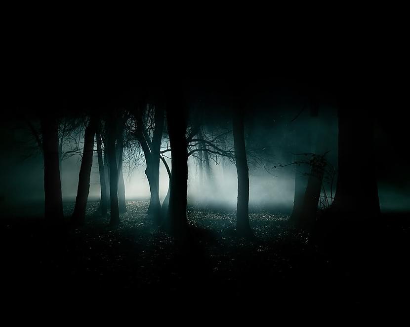 Vampīru slimība saules gaismas... Autors: augsina Pasaules dīvainākās slimības.