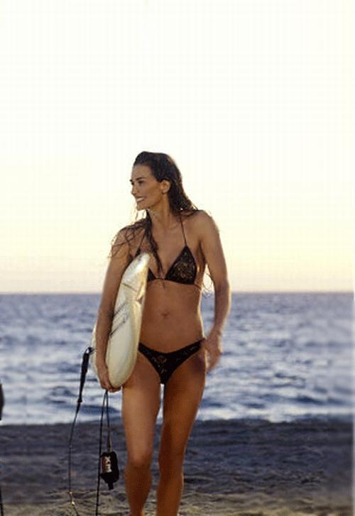 Un vēl vairākus piedāvājumus... Autors: LAGERZ Kā bikini var izmainīt zvaigznes dzīvi?
