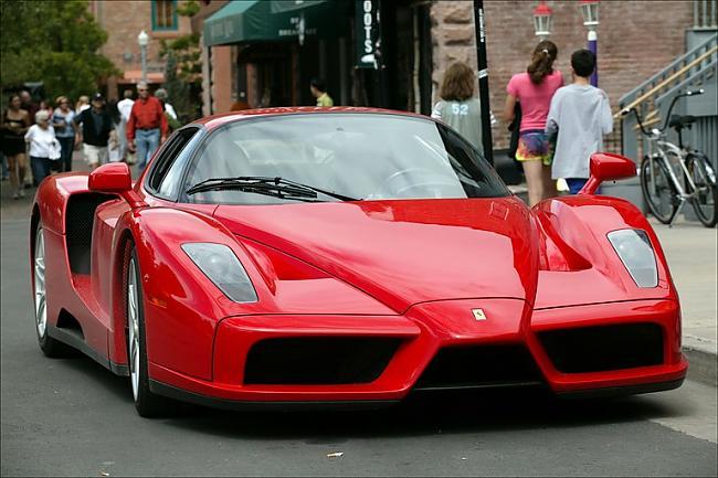 Ferrari Enzo  15 miljoni... Autors: Nevaritis Pasaulē dārgākie sadauzītie auto..