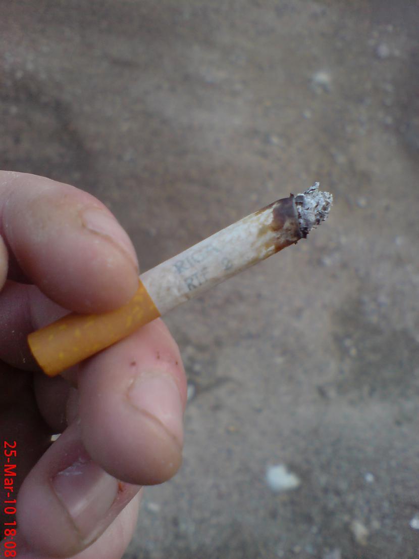 """Un atcerieties gtgt SMĒĶĒŠANA... Autors: Sperovs Cigaretes """"RĪGA"""""""
