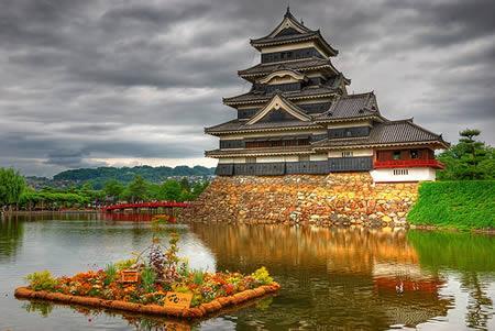 Matsumoto Castle Šo pili... Autors: Grandsire 10 Fascinējošas Pilis