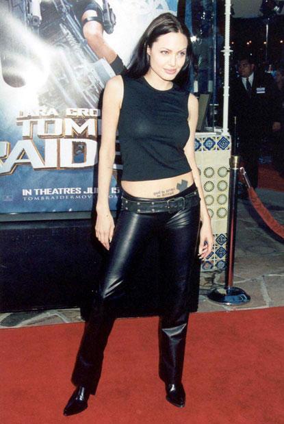 2001gadā Laras Kroftas... Autors: UglyPrince Andželīnas Džoli stila evolūcija!