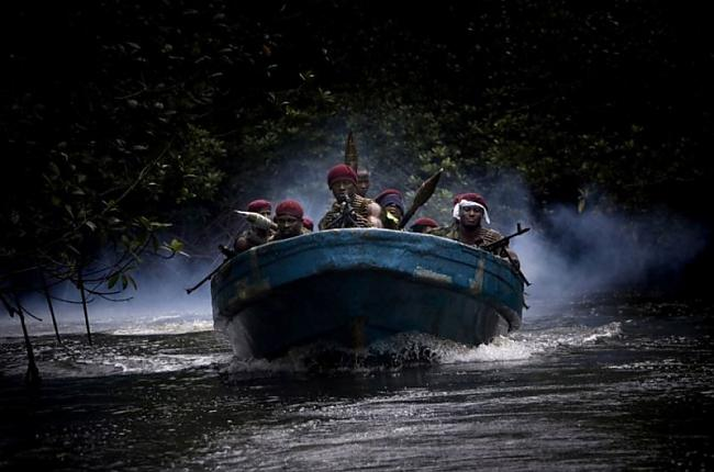 Cīnītāji zem ateke vārda... Autors: Pirāts Nigērijas naftas pirāti.