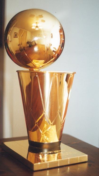 Pirmo NBA trofeju ieguva... Autors: GcM Fakti