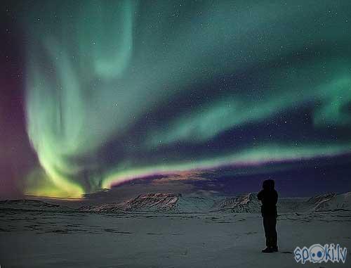 Islande Autors: whateverusay 15 pasaules vietas,ko kādreiz vajadzētu aplūkot.