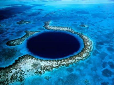 Zilais bezdibenisBeliza... Autors: Optimists NaCl Ģeoloģiskie pasaules brīnumi...