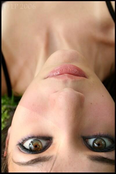 Pelēcīgi zaļganbrūnas acis ... Autors: Merci Acu krāsa.