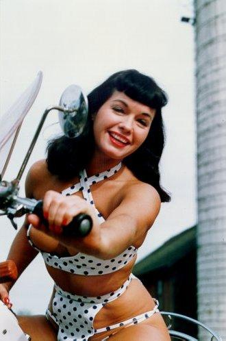 Autors: hacu Bettie Page