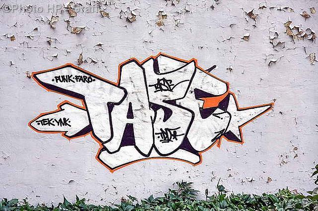 TASER Tase  Šis zīmētājs ir... Autors: Ruudiiz Rīgas Populārākie Graffiti Zīmētāji