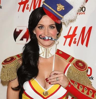 Acīmredzot Katy Perry patīk... Autors: NOKAR Uzjautrinošas slavenību bildes