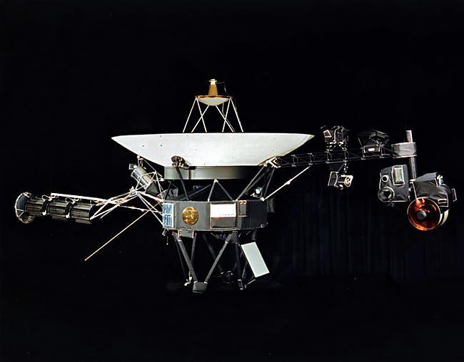 Voyager 1 ir patreiz vistālāk... Autors: Evaldss Voyager - 1