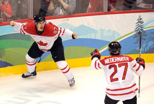 28 februāris Kanādas hokejisti... Autors: ainiss13 2010. gads fotogrāfijās.