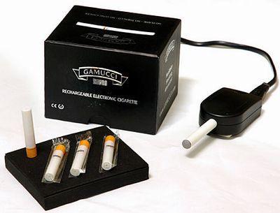 8 Autors: SLAM e-cigarete (Gamucci)