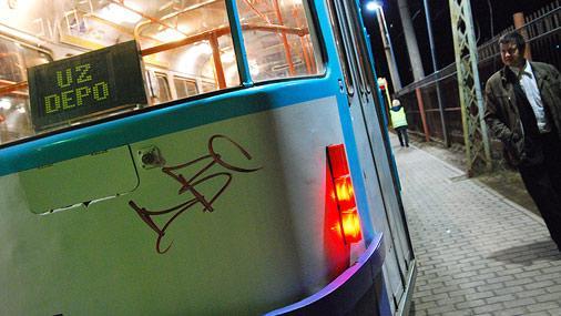 Katru vakaru uz tramvaju... Autors: snakey93 [!] Roku darbs... to pamana!