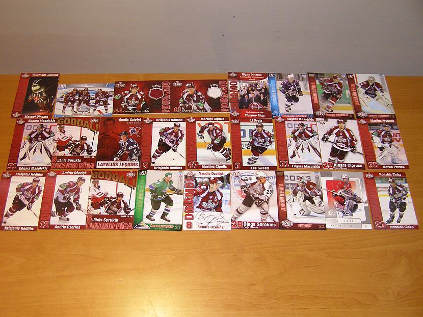 Hokeja kartiņas BAIGI MAZ ESMU... Autors: toms23 Manas sporta kartītes.