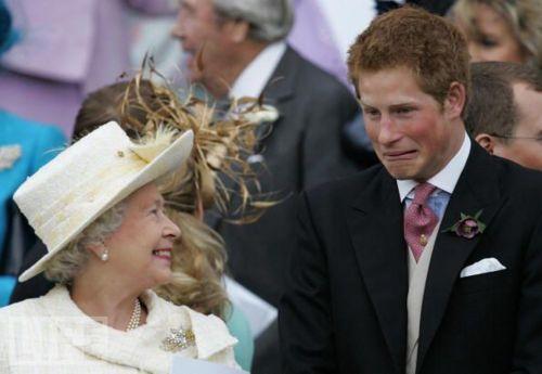Runājot par derībām bija arī... Autors: dakīijz Karaliskās kāzas. Vai tu to zināji?