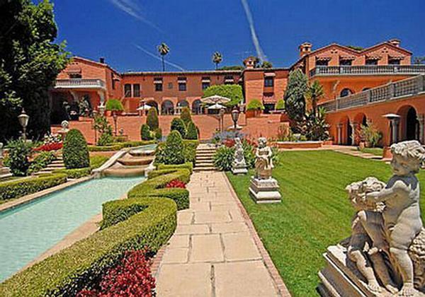 6 Franchuk Villa Londona... Autors: Strendžers 2010.gada dārgākās top10 mājas