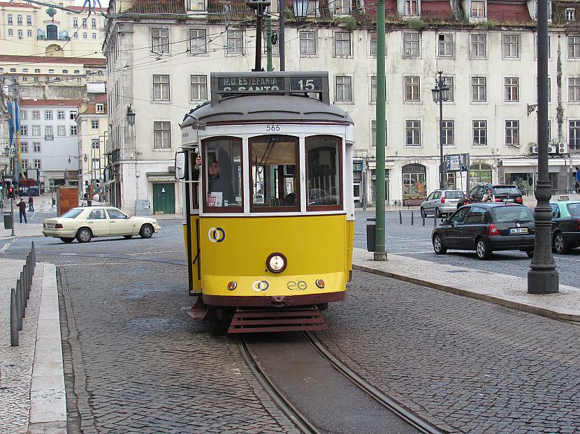 Šādi tramvaji braukā Lisabonā Autors: Skoolnieks Mans ceļojums uz Portugāli