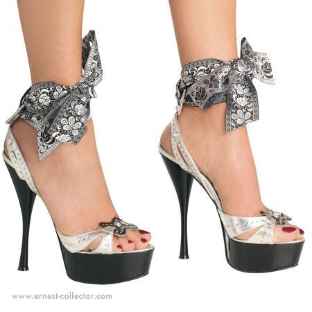 Autors: diiiiii Kurpes,kurpes un vēlreiz kurpes