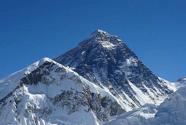 Everests Himalaji Ķīna Autors: Richards9 Pasaules skaistākās vietas