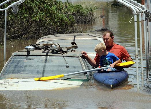 Plūdi Austrālijā Lietusgāzes... Autors: zjozefiine Dabas katastrofas gada laikā!