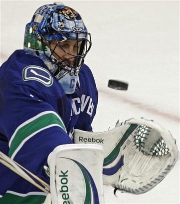 Vankūvera ir izcīnijusi... Autors: The chosen one Lūk kā hokejā var noveikties!