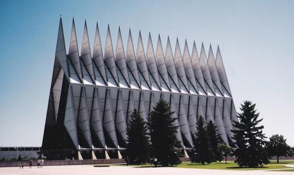 Gaisa spēku akadēmijas baznīca... Autors: battery Interesantākās ēkas pasaulē.