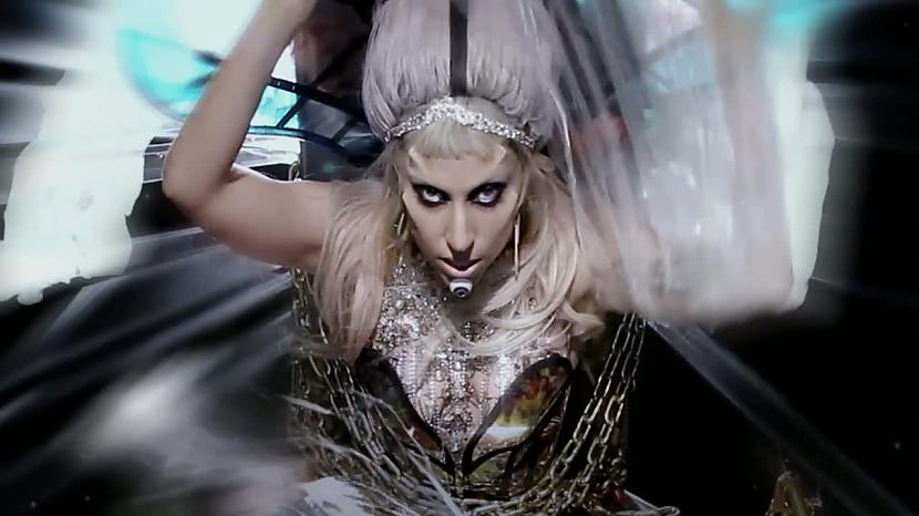 Autors: Yanky Gaga turpina pārsteigt