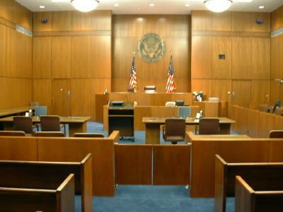Tiesas zālē Apsūdzētais Es... Autors: Kamikaze ar motoru Joki no Dr.lv