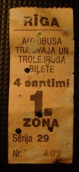 trolejbusa biļete maksāja 4... Autors: phroN Pirms kāda laika, kad mēs bijām priecīgi...