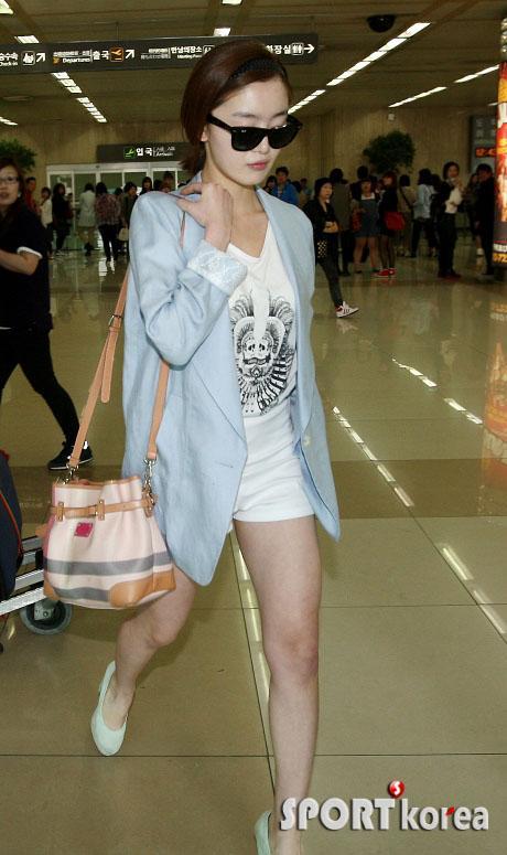 Sunhwa no grupas Secret Autors: HiYum Slavenību stils Dienvidkorejā (meiteņu) ^_^