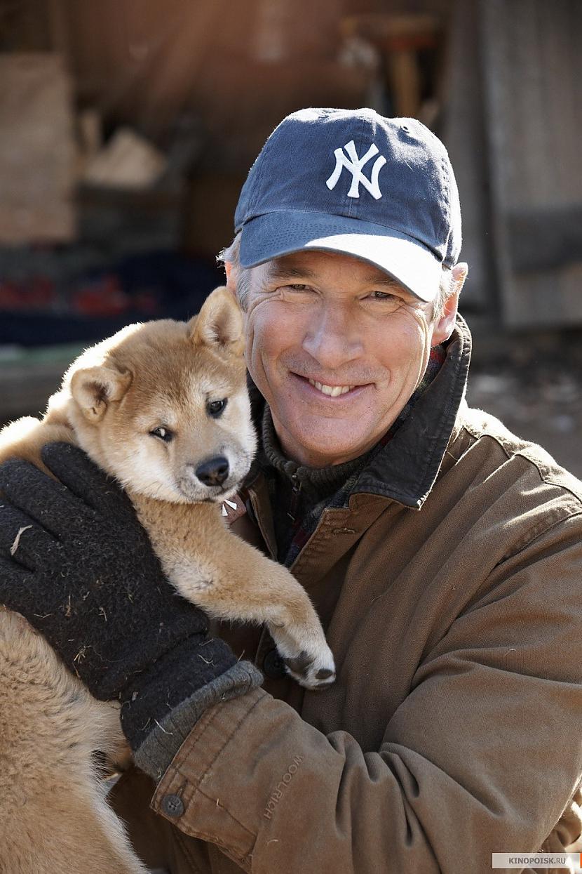 Lai arī šī rīcība pierāda suņa... Autors: CrazyMaineCoonLover Hachiko: The World's Most Loyal Dog