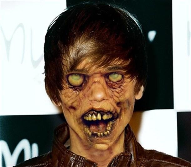 Justin Bieber Autors: Shiroi Tenshi 10 Slavenības kā zombiji.