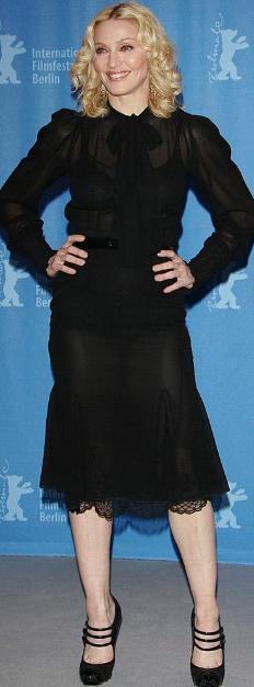 Madonna 161cm Autors: rainbows1 Cik garas ir slavenības?