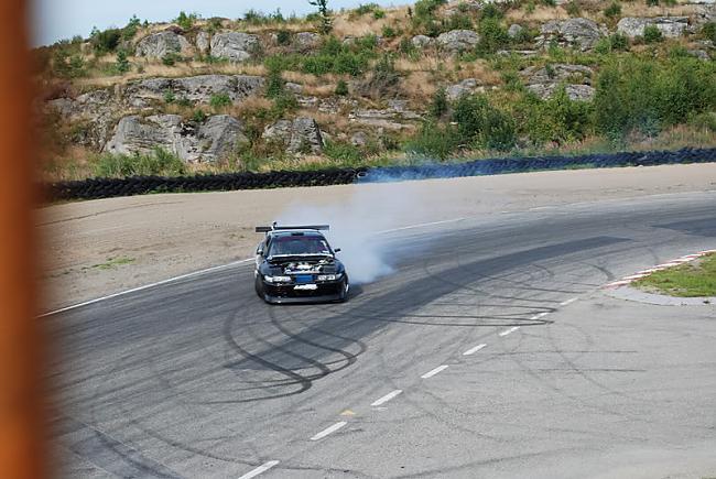 Autors: CredoZ 1 Traks Nissans.