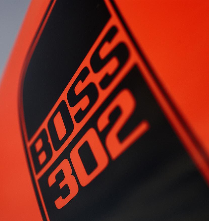 Aerodinamiskās izmaiņas ietver... Autors: LauraBē Ford Mustang Boss 302