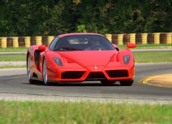 Ferrari Enzo Autors: Smaidīgais Nepārspējamās Mašīnas