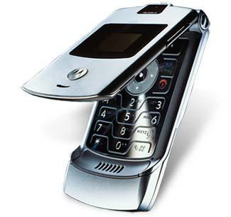Vidusmēra amerikānis savā... Autors: genoegsouweesvirdieh Fakti par mobilo telefonu !