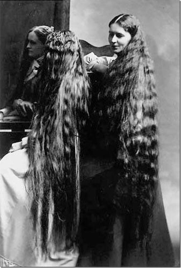 Autors: RavenBlack Sievietes ar ārkārtīgi gariem matiem