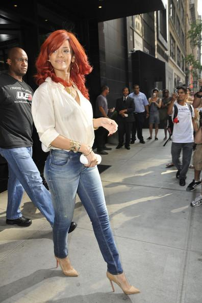 Rihanna Autors: bee62 How to Dress Your Curves Like a Celebrity