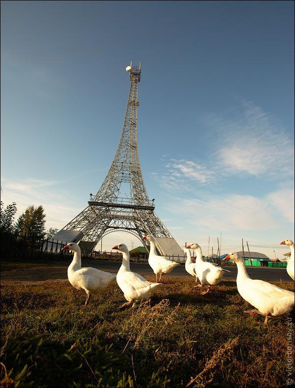 zosis zem eifeļa torņa Autors: ghost07 Krievijas ciems - Parīze