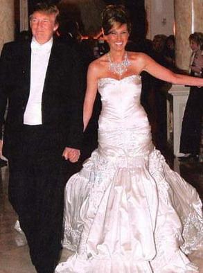 Melānija un Donalds Tramps jā... Autors: Sofīte 10 pasaules bezgaumīgākās kāzu kleitas